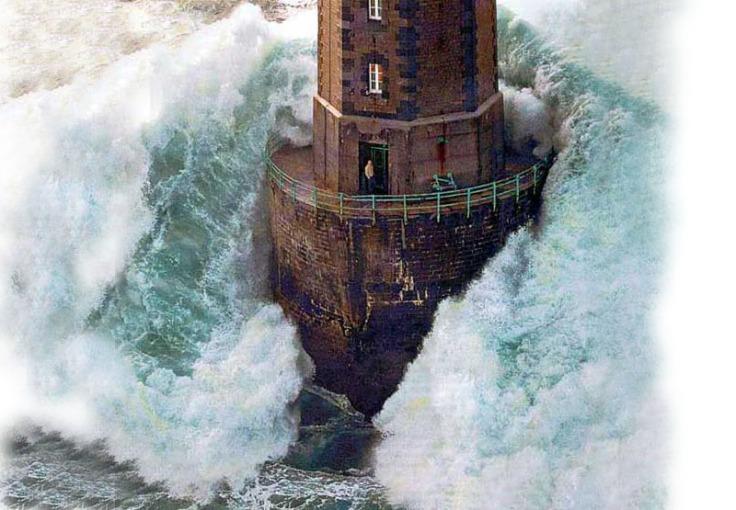 lighthouse800x550